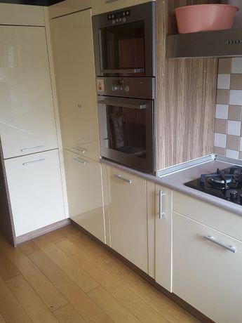 Mieszkanie 3 pokojowe z zabudową kuchenną