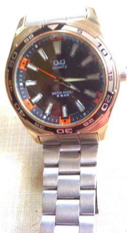 наручные часы Q&Q крупные,с 100% фирменным браслетом 22mm,кварц