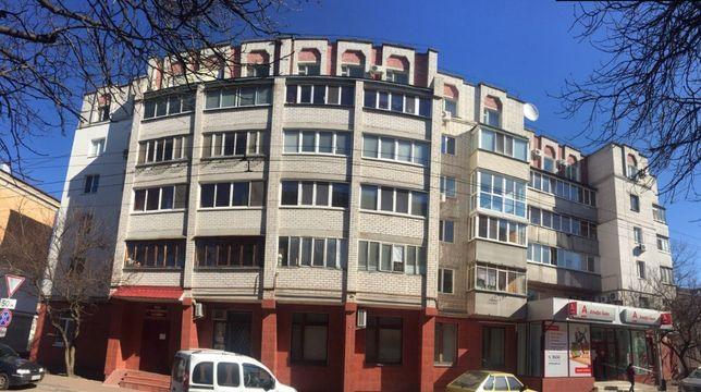Аренда помещения с ремонтом 378,4 м. Центр, ул. Гончая,17.