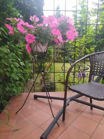 Metalowy stojak na kwiaty, kwietnik PRL