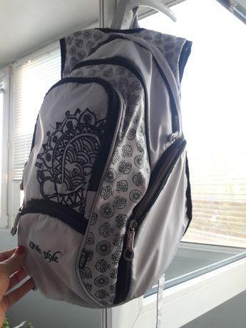 Серый рюкзак Kite