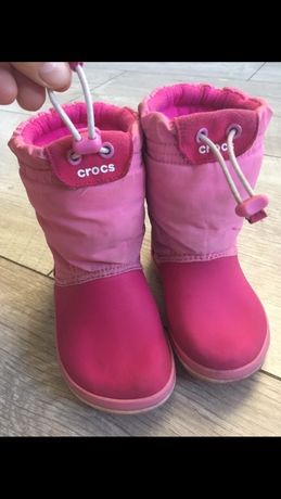 Gumiaczki Crocs