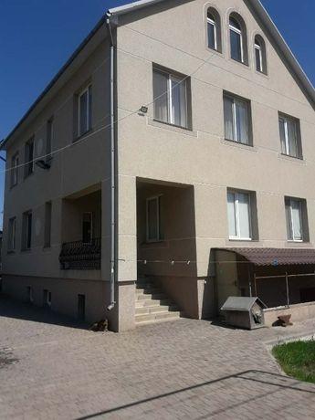 Добротный дом в Лесках.