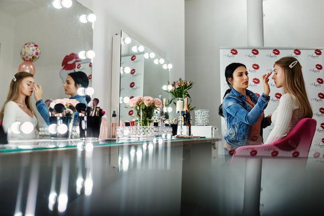Pomieszczenie w salonie - Paznokcie makijaż stylizacja rzęs