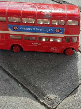 Autobus kolekcjonerski