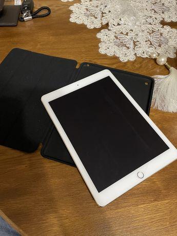 ПланшетApple  Ipad Air 2 16 gb LTE