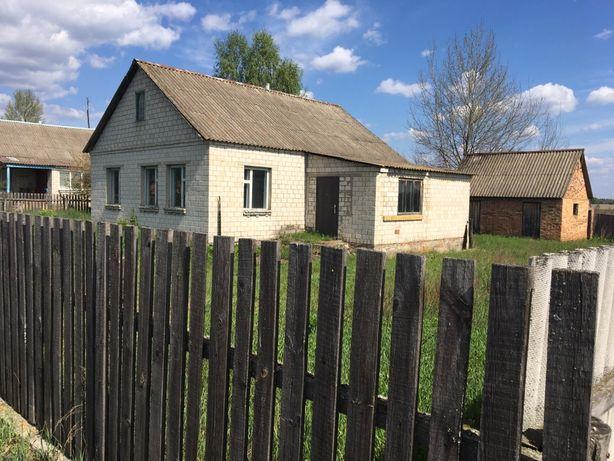 Продам дім з землею  ( с. Рагівка)