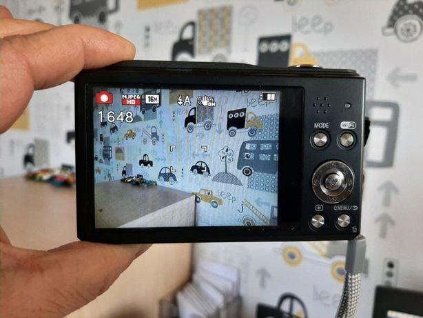 mały aparat fotograficzny, cyfrowy, Panasonic