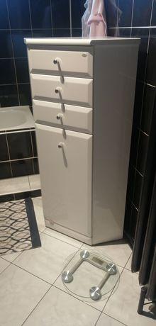 Narożna szafka łazienkowa