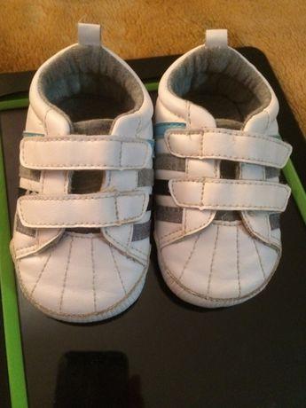 Дитячі кросівочки для малюків