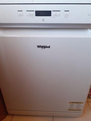 Máquina de lavar loiça.