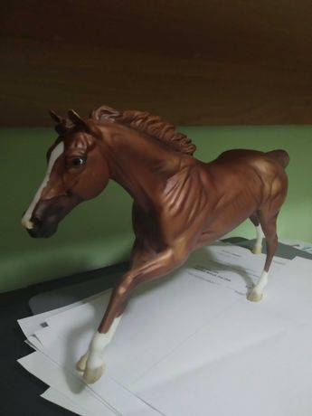 Breyer Traditional California Chrome