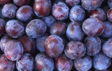 Слива угорка сушена, кизил, яблоки, груши, сок сливы, вишни,  виноград
