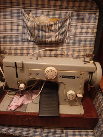 Продаю швейную машинку Подольск 132