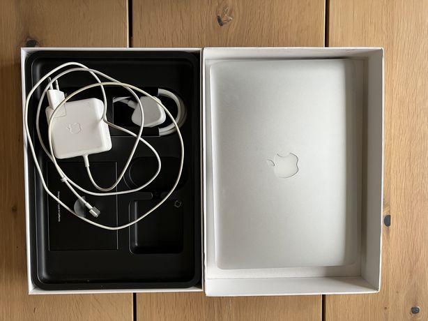 Macbook a1502 retina 8 256