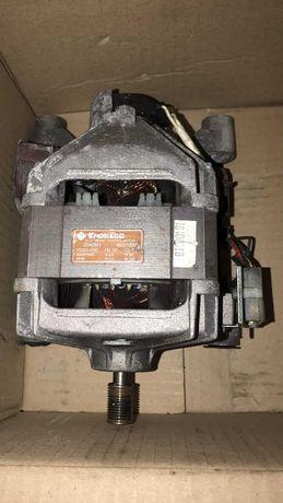 мотор на стиральную машину Индезит W 84 TX