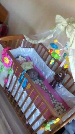 детская кроватка.+в подарок ходунки.