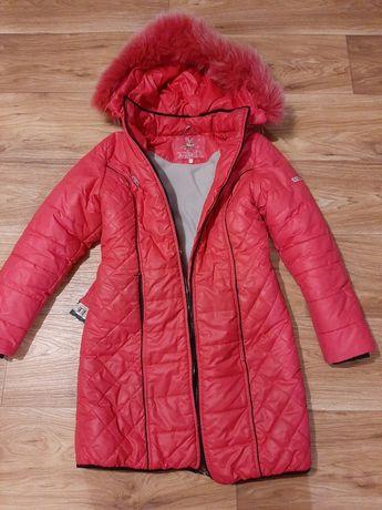 Куртка ,пальто ,пуховик на девочку 10-12 лет
