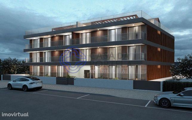 Apartamento T4 com Terraço de 222m2  novo na Praia da Costa Nova