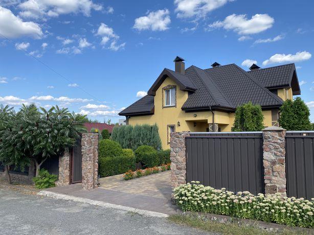 Продам дом с ремонтом , с ухоженным участком с. Любимовка Буча