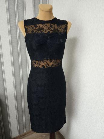Чорна святкова сукня