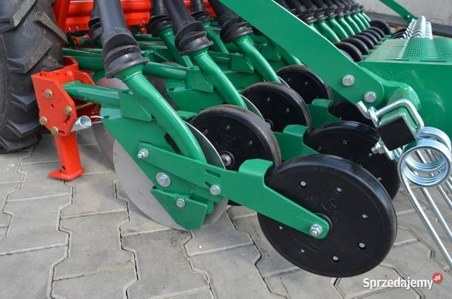 SIEWNIK Agro-masz SR300