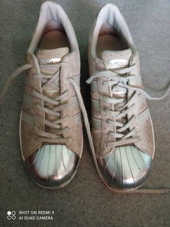 Босоніжки босоножки сандали шлепки кросівки кеди