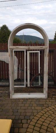 Okno z łukiem .Drewniane