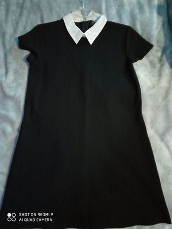 Sukienka mała czarna Reserved M