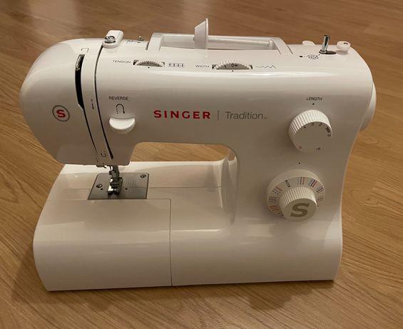 Máquina costura Singer Tradition