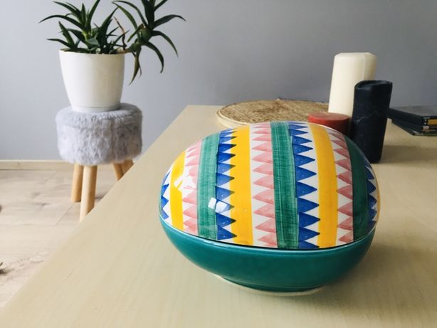 Wielka pisanka ceramiczna