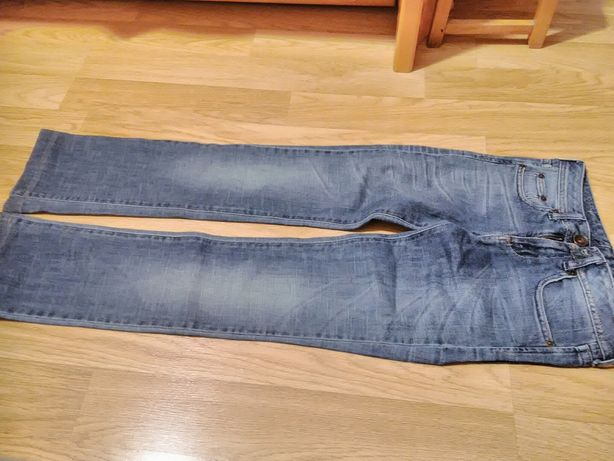 Бенеттон джинсы на девочку