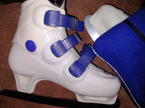 Ковзани коньки хокейні льодові по устілці 22см, 35р.