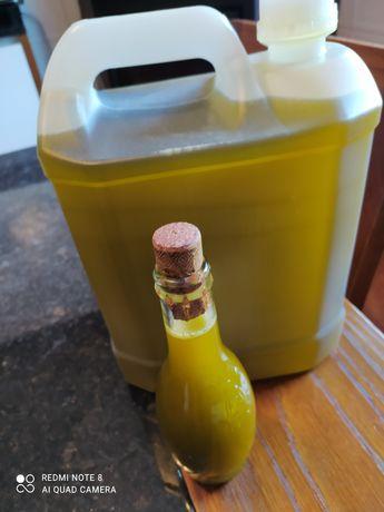 Azeite 0,3 e 0,5 de acidez e azeitonas