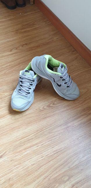 Sapatilhas Nike Dual Fusion