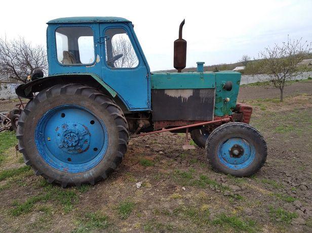 Трактор ЮМЗ 6. (с.Владимировка)