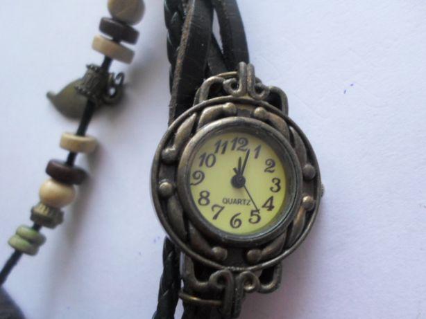 Zegarek damski stylowy.