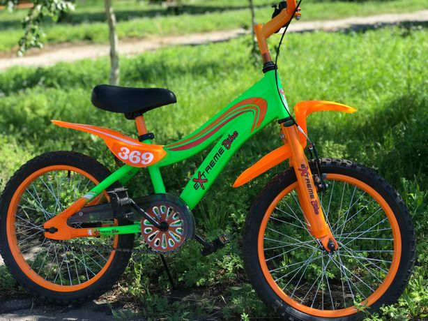 Продам  детский велосипед  Extreme Bike(объём колёс  18д)