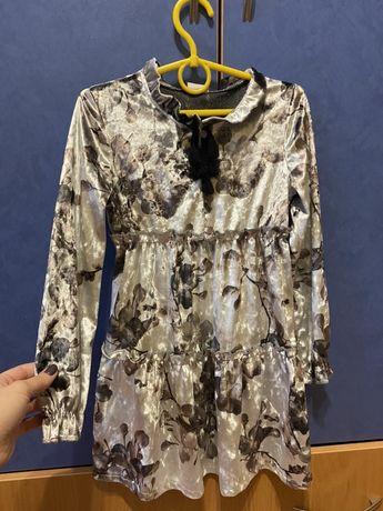 Бархатное платье для девочки рост 128!