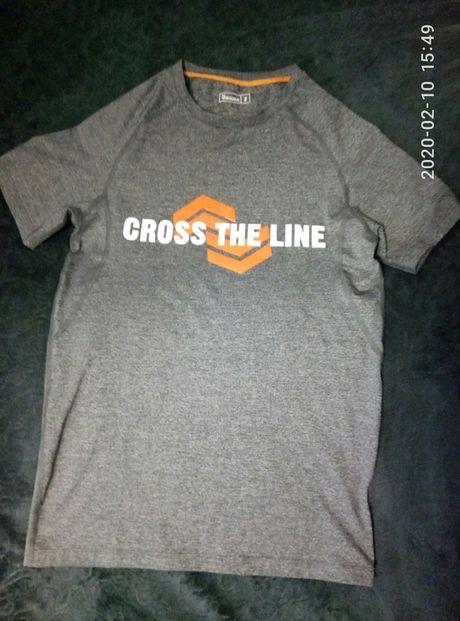 Спортивная футболка на подростка(S)