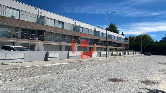 Moradia em Banda T3 Venda em Gondar,Guimarães