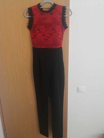 Jumpsuit/Macacão preto e vermelho