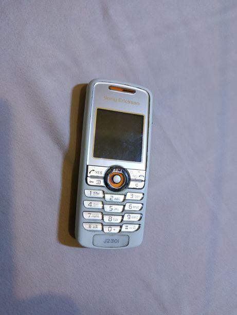 Продам телефон Sony Ericsson j230i