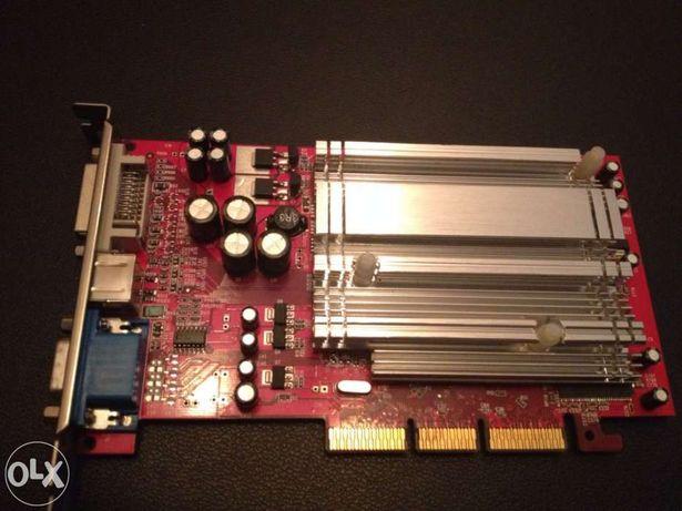 Placa gráfica ATI Radeon 9550 com DVI