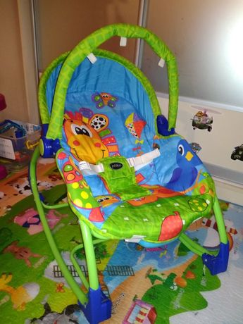 Шезлонг качалка для малышей