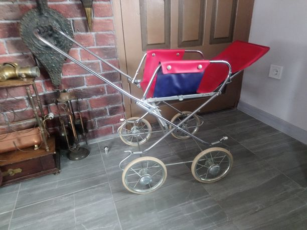 Старовинна дитяча коляска ,антиквар
