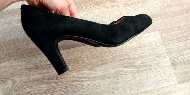женские туфли (замша)