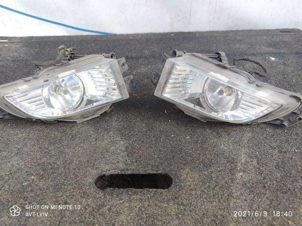 Opel Insignia противотуманная фара 08-13р. 13226829 13226828