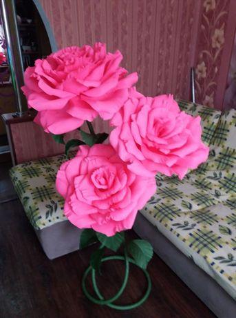 Квіти з гофрованного паперу