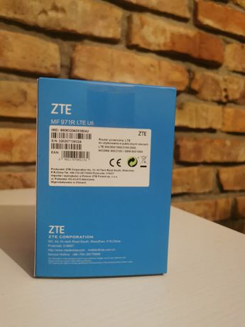 Roter mobilny ZTE MF 971R